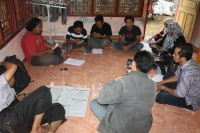 200px-Maret_8_2012_AJI_Banda_Aceh_Rapat_Persiapan_Newsletter_Sharia_News_Watch.JPG